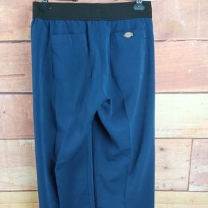 Dickies scrub super soft pants size small